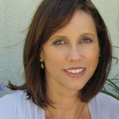 Jacquelyn Gail | Social Profile