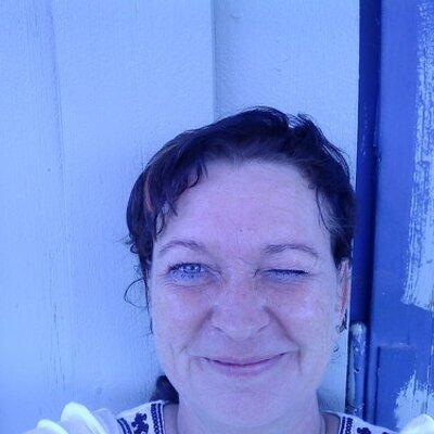 Elisabeth D-Nilsen | Social Profile