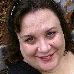 Cynthia Lux | Social Profile