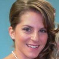 Faye Stech  | Social Profile