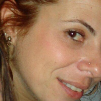 Viviane Baroni | Social Profile