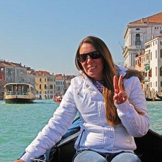 Veronica Martins | Social Profile
