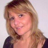 Vicky #NuncaMás #22F | Social Profile