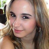 Paola Danyelle | Social Profile