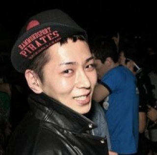 WEEJUNHO Social Profile