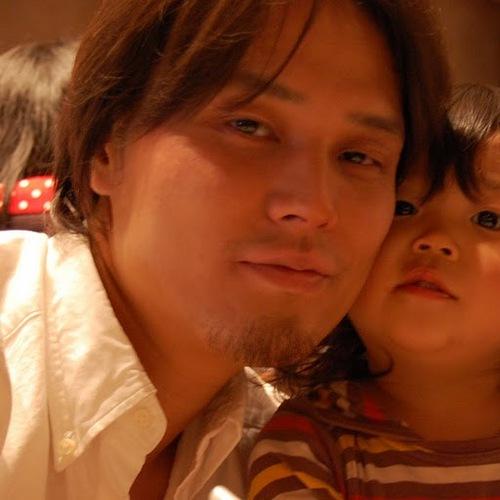 Eiji Kitamura Social Profile