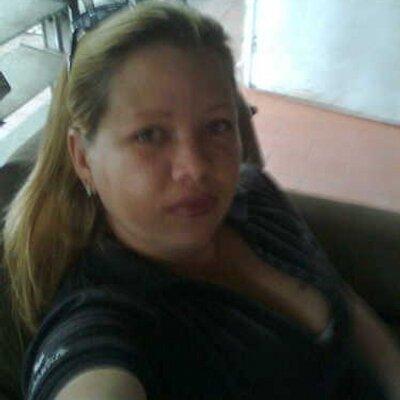 mari | Social Profile