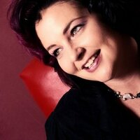 Amy Donohue | Social Profile