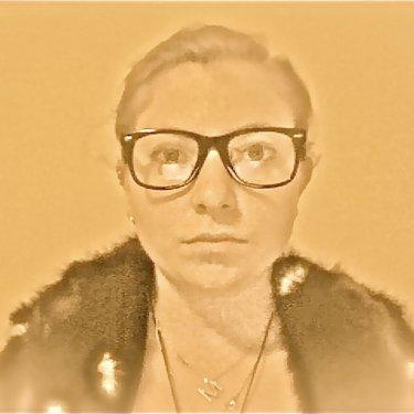 Margot Mausner | Social Profile