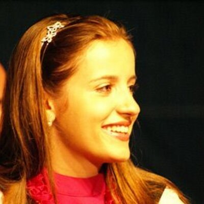 Luana P. Siganski   Social Profile