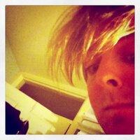 thomo | Social Profile