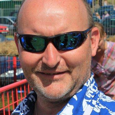 Ian Graham | Social Profile