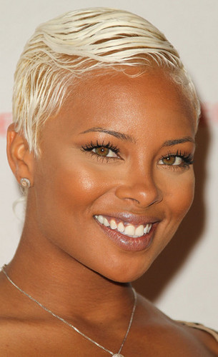Platinum blonde hair color products