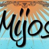 Mijos Tacos   Social Profile