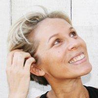 Emmanuelle PERRIER | Social Profile