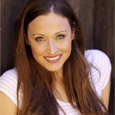 Lisa Zollner   Social Profile