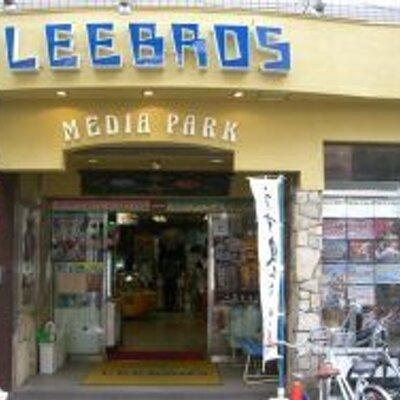 リブロス高槻店 | Social Profile
