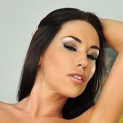 European cougar Mya Diamond gets nice double penetration therapy № 581296 без смс