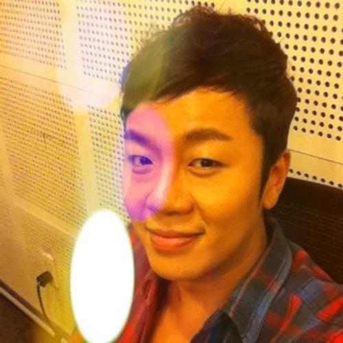ahn jung yup Social Profile