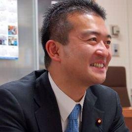 津村啓介 | Social Profile