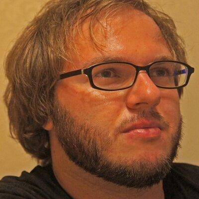Петр Петипак   Social Profile