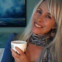 Dame Kasia Cichonska | Social Profile
