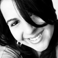 Lauren Perez | Social Profile