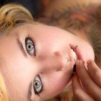 Emily ferraresi | Social Profile