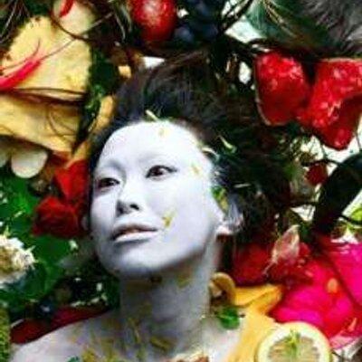 我妻恵美子 | Social Profile
