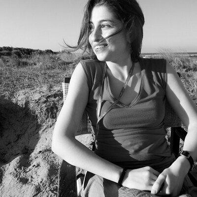 Laura Caldarella   Social Profile