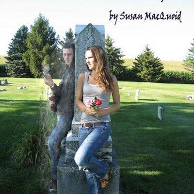 Susan MacQuoid | Social Profile