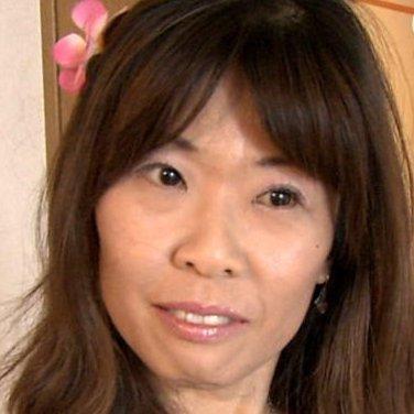 山本お母さん Social Profile