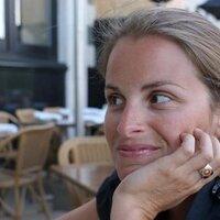 Isabelle Charette   Social Profile
