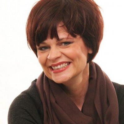 Lisa Diomede | Social Profile