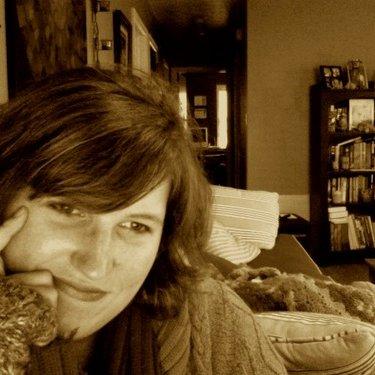Leigh-Ann LaneyHeuer   Social Profile