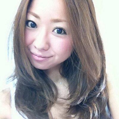 山崎結衣   Social Profile