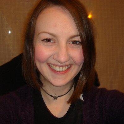 Zoë T | Social Profile