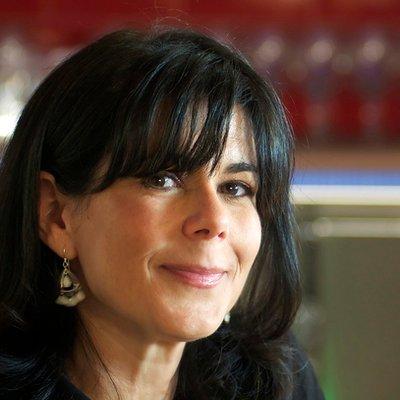 Lisa Abend | Social Profile