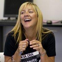 Claire Huxley | Social Profile