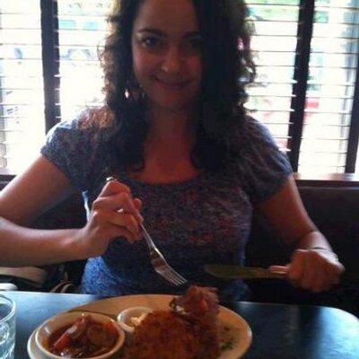 Healthy Raquel | Social Profile