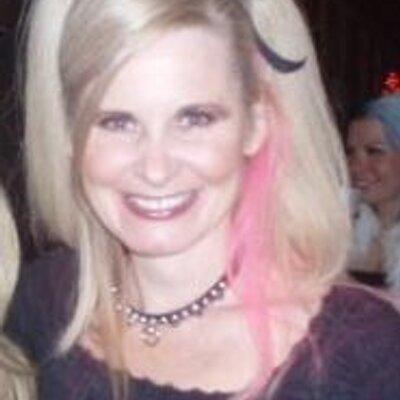 Linda Fenton | Social Profile