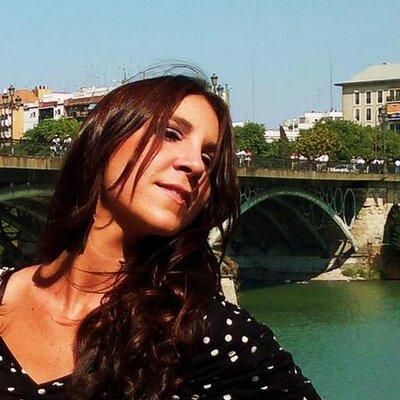 Macarena Martínez | Social Profile