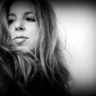 Amie Parnes | Social Profile