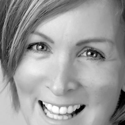 Vicky Smith | Social Profile