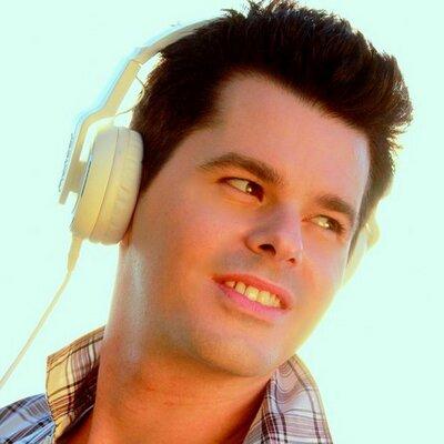DJ ARTHUR BERENGUER | Social Profile