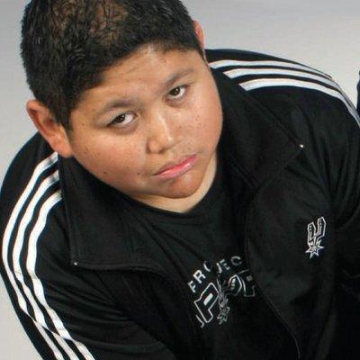 Michael De Leon   Social Profile