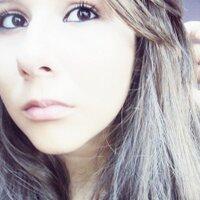 carolaine  | Social Profile