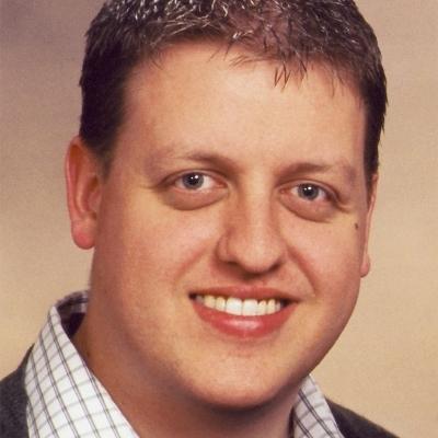 Richard D. Worth Social Profile