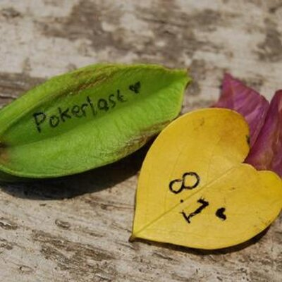 P♦KERL♠ST!   Social Profile