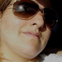 Cinthia Melo | Social Profile